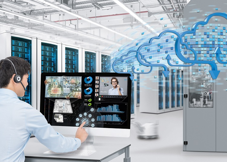 Products and machinery are transformed into communication centres. Production plants will no longer exist without computer centres. (Photo: Festo AG & Co. KG)